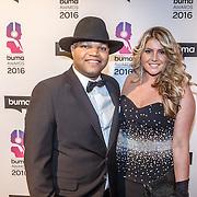 NLD/Hilversum/20160215 - Buma Awards 2016, Brace en partner Isabella van Velsen