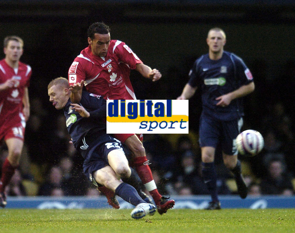 Photo: Olly Greenwood/Sportsbeat Images.<br />Southend United v Swindon Town. Coca Cola League 1. 08/12/2007. Swindon's Kaid McHamed and Southend's Nicky Bailey