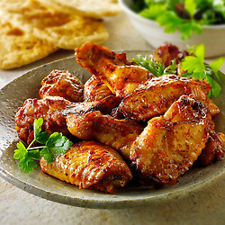 Barbecue chicken wings with salad