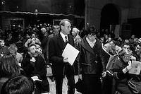 Bertrand  Delanoë (maire de Paris de 2001 à 2014)- avec Mme Dominique Bertinotti - donne un compte-rendu de son mandat, Paris 4ème / 2004.