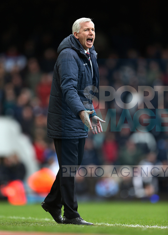 Crystal Palace's Alan Pardew in action<br /> <br /> Barclays Premier League - West Ham United  vs Crystal Palace  - Upton Park - England - 28th February 2015 - Picture David Klein/Sportimage