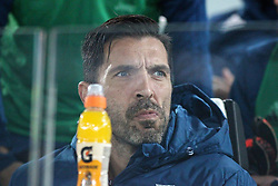 October 25, 2017 - Turin, Italy - Gianluigi Buffon (Juventus FC) before  the Serie A football match between Juventus FC and S.P.A.L. 2013 on 25 October 2017 at Allianz Stadium in Turin, Italy. (Credit Image: © Massimiliano Ferraro/NurPhoto via ZUMA Press)