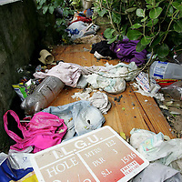 25/07/05<br />Rubbish dumped on Spanish Point Golf Club grounds in Co Clare. Picture. Arthur Ellis/Press22.