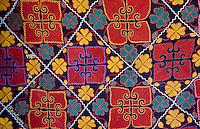 Mongolie, province de Bayan-Ulgii, région de l'ouest, campement nomade des Kazakh, textile aux motifs décorant l'intérieur de la yourte kazakh // Mongolia, Bayan-Ulgii province, western Mongolia, nomad camp of Kazakh people in the steppe, textile with the pattern decorating the yurt