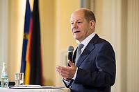 17 APR 2018, BERLIN/GERMANY:<br /> Olaf Scholz, SPD, Bundesfinanzminister, Zolljahrespressekonferenz, Bundesministerium der Finanzen<br /> IMAGE: 20180417-01-033