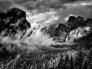 Yosemite, Ca - 2015: Yosemite Valley, 2015. Tunnel View.