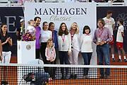 Tennis: Rothenbaum, German Open 2017, Hamburg, 23.07.2017<br /> Manhagen Classics: Tommy Haas (GER) mit Frau Sarah Foster, Tochter Valentina, Vater Peter und Mutter Brigitee <br /> © Torsten Helmke