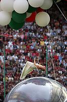 Milano, 16/05/2004<br />Campionato Italiano Serie A 2003/2004 <br />Milan -  Brescia 4-2<br />Celebration for Milan victory of the Italian Championship 2003/2004<br />Photo Graffiti