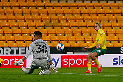 Neil Etheridge of Birmingham City saves a shot from Todd Cantwell of Norwich City - Mandatory by-line: Phil Chaplin/JMP - 20/10/2020 - FOOTBALL - Carrow Road - Norwich, England - Norwich City v Birmingham City - Sky Bet Championship