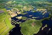 Nederland, Noord-Holland, Gemeente Ouder-Amstel, 25-05-2010. Natuurreservaat Botshol, moeras- en plassengebied onstaan door vervening..Natura 2000-gebied, stiltegebied. Boven in beeld Fort Botshol en Waver. .Nature area Botshol, swamp and lake area result of digging of peat..Natura 2000 site, sanctuary..luchtfoto (toeslag), aerial photo (additional fee required).foto/photo Siebe Swart
