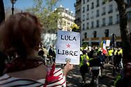 Lula libre. She's asking freedom for Brazilian president Lula.
