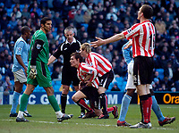 Photo: Jed Wee.<br /> Manchester City v Sunderland. The Barclays Premiership. 05/03/2006.<br /> <br /> Sunderland's Liam Lawrence (R) tries to console Dean Whitehead after a missed chance.