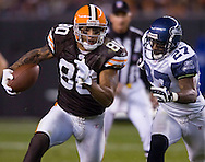 Kellen Winslow, left, of Cleveland gets free for a first down  Sunday, Nov. 4, 2007 against Seattle.