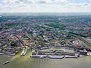 Nederland, Zuid-Holland, Dordrecht, 14-05-2020; Zicht op binnenstad van Dordt met Grote Kerk of Onze-Lieve-Vrouwekerk. Kalkhaven, Nieuwe Haven<br /> View of the inner city of Dordt with Grote Kerk or Onze-Lieve-Vrouwekerk.<br /> luchtfoto (toeslag op standard tarieven);<br /> aerial photo (additional fee required);<br /> copyright foto/photo Siebe Swart