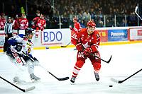 Ishockey , 19. Januar 2014, GET-Liga ,<br /> Vålerenga Hockey - Sparta Warriors<br /> Göran Hermansson - Stjernen<br /> Jonas Djupvik Løvlie - Sparta<br /> Foto: Sjur Stølen , Digitalsport