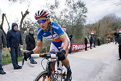 Pauline Ferrand Prevot looks to bridge to the three leaders but her efforts are fruitless - 2016 Strade Bianche - Elite Women, a 121km road race from Siena to Piazza del Campo on March 5, 2016 in Tuscany, Italy.