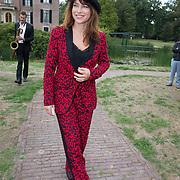 NLD/Doorn/20180824 -  Beatrix opent tentoonstelling 'Verzet en Verdriet in Beeld', Ellen ten  Damme