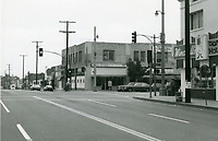 1974 Ross Sparks & Winchell Donuts at Larchmont & Beverly Blvds.