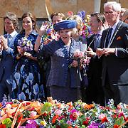 NLD/Veenendaal/20120430 - Koninginnedag 2012 Veenendaal, koninging Beatrix, Maurits, Aimee Sohngen
