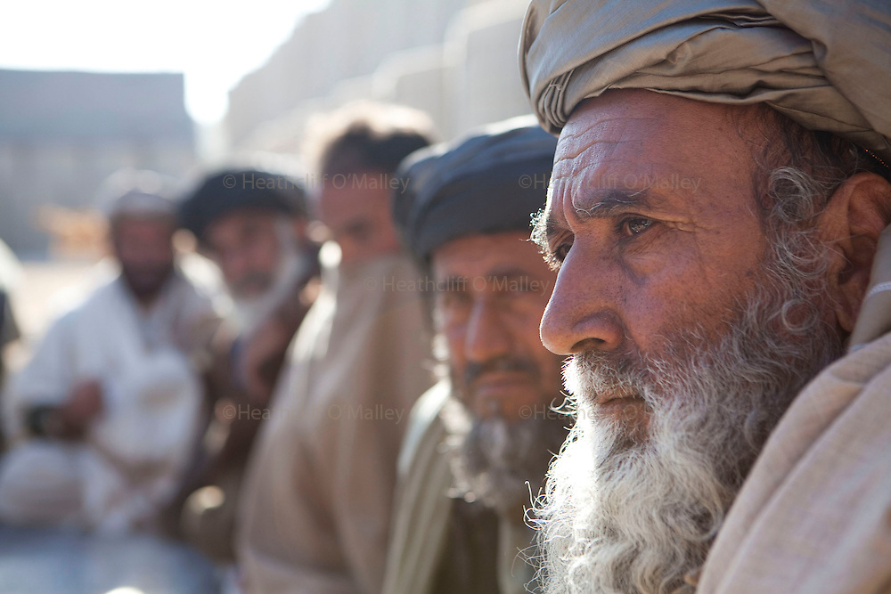 Mcc0027461 . Daily Telegraph..Major Richard Todd with elements of A Company, 3 Para visiting the town of Naqilebad Kulay, a few kilometers south west of their Patrol base. The purpose, to hold a Shura with local elders to assess the mood of the local inhabitants and discuss the renovation of a school which was closed and wrecked by the Taliban...Helmand 31 November 2010