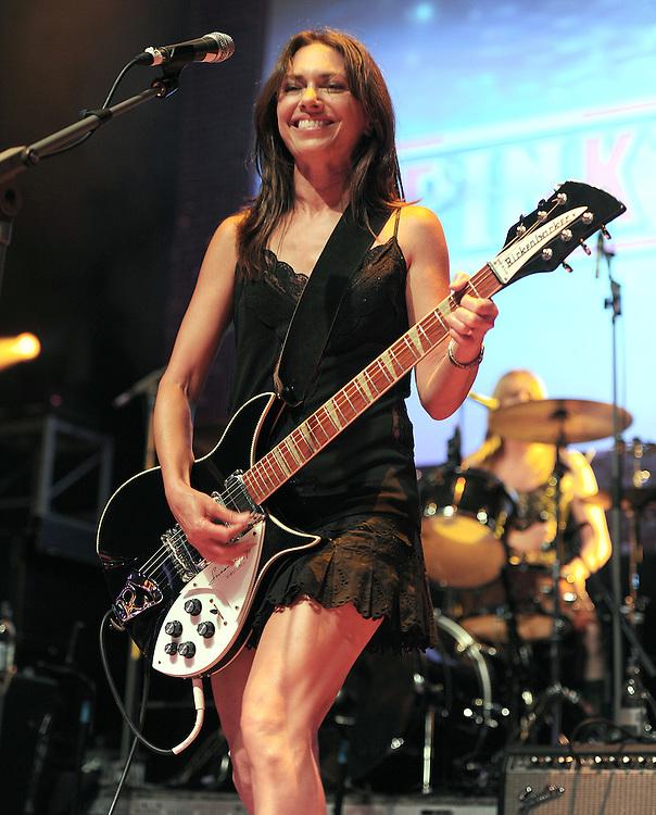 Hard Rocks Pinktober  Gic at the Indigo 02 Arena <br /> Susanna Hoffs The Bangles <br /> Pix Dave Nelson