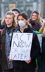 © Licensed to London News Pictures. 29/11/2019. Bristol, UK. Youth Strike 4 Climate outside Bristol City Hall on College Green followed by a march through the city centre. Photo credit: Simon Chapman/LNP