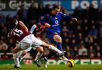 Photo: Daniel Hambury.<br />West Ham United v Manchester United. The Barclays Premiership. 27/11/2005.<br />West Ham's Yossi Benayoun cant stop Manchester's Wayne Rooney.