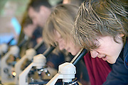 Nederland, Nijmegen, Lent, 23-2-2013Open dag bij de middelbare school de Citadel. Belangstellende kinderen van het basisonderwijs en hun ouders laten zich voorlichten. Voor 6 maart moeten ouders hun kinderen op een middelbare school opgegeven hebben.Foto: Flip Franssen/Hollandse Hoogte