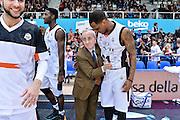 DESCRIZIONE : Trento Beko All Star Game 2016<br /> GIOCATORE : Dan Peterson James Nunnally<br /> CATEGORIA : Fair Play Postgame Ritratto Esultanza<br /> SQUADRA : Cavit All Star Team<br /> EVENTO : Beko All Star Game 2016<br /> GARA : Dolomiti Energia All Star Team - Cavit All Star Team<br /> DATA : 10/01/2016<br /> SPORT : Pallacanestro <br /> AUTORE : Agenzia Ciamillo-Castoria/L.Canu