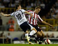 Photo: Daniel Hambury.<br />Tottenham Hotspur v Sheffield United. The Barclays Premiership. 22/08/2006.<br />Tottenham's Robbie Keane and Sheffield's Phil Jagielka battle.