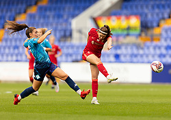 BIRKENHEAD, ENGLAND - Sunday, August 29, 2021: Liverpool's Carla Humphrey shoots at goal during the FA Women's Championship game between Liverpool FC Women and London City Lionesses FC at Prenton Park. London City won 1-0. (Pic by Paul Currie/Propaganda)