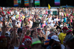 © Licensed to London News Pictures . 08/08/2015 . Siddington , UK . The crowd on stage at The Rewind Festival of 1980s music , fashion culture at Capesthorne Hall in Macclesfield . Photo credit: Joel Goodman/LNP