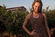 Cecilia Oldne på vingården Sula Wines, Nashik, Indien