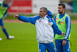 23.05.2012, Casino Stadion, Kitzbuehel, AUT, UEFA EURO 2012, Trainingscamp, Griechenland, Training, im Bild Fernando Santos, (GRE, Trainer), Ioannis Maniatis, (GRE)// during a trainings Session of Greece National Footballteam for preparation UEFA EURO 2012 at Casino Stadium, Kitzbuehel, Austria on 2012/05/23. EXPA Pictures © 2012, PhotoCredit: EXPA/ Juergen Feichter