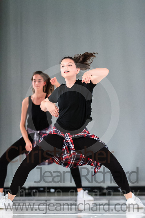 ART: 2015 | Colours of Passion: We've Got The Power | Wednesday Rehearsal --<br /> <br /> Single Ladies Power<br /> <br /> choreography: Jemelle Suyat Navat<br /> 11-20 Jahre<br /> <br /> Students and Instructors of Atelier Rainbow Tanzkunst (http://www.art-kunst.ch/) rehearse on the stage of the Schinzenhof for a series of performances in June, 2015.<br /> <br /> Schinzenhof, Alte Landstrasse 24 8810 Horgen Switzerland