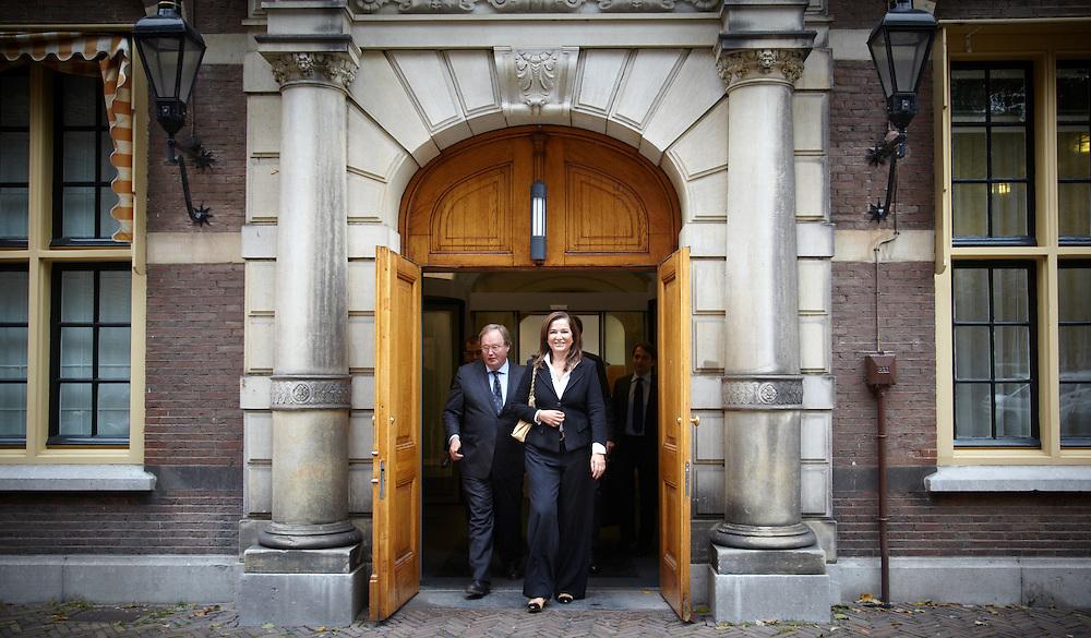 Nederland. Den Haag, 5 oktober 2011.<br /> Griekse liberale oppositieleider Dora Bakoyannis bezocht Rutte in het Torentje, begeleidt door Hans van Baalen, europarlementarier VVD.<br /> Foto Martijn Beekman