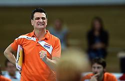 27-09-2015 NED: Volleyball European Championship Nederland - Polen, Apeldoorn<br /> Nederland verslaat Polen met 3-1 / Coach Giovanni Guidetti