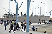 Nederland, Scheveningen, 16-9-2012De boulevard van Scheveningen wordt vernieuwd, de werkzaamheden zijn nog in volle gang. Door klimaatsverandering stijgt de zeespiegel waardoor de kustverdediging tegen het water versterkt moet worden. Foto: Flip Franssen/Hollandse Hoogte