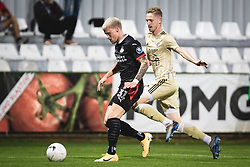 Philipp Max of PSV Eindhoven and Žan Karničnik of Mura during football match between NS Mura and PSV Eindhoven in Third Round of UEFA Europa League Qualifications, on September 24, 2020 in Stadium Fazanerija, Murska Sobota, Slovenia. Photo by Blaz Weindorfer / Sportida
