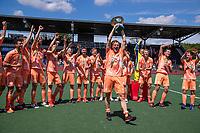 AMSTELVEEN - Jorrit Croon (Ned)   met beker  viert het kampioenschap tijdens de finale van het EK Hockey tussen Duitsland en Nederland in het Wagener Stadion op 12 juni 2021 in Amstelveen. COPYRIGHT KOEN SUYK