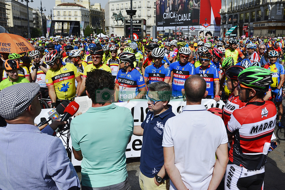 May 28, 2017 - Madrid, Spain - Hundreds of cyclists have pedaled in the center of Madrid in protest against the traffic violence, under the slogan ''No more dead cyclists''. The objective of this concentration is to ensure the safety of cyclists and to tighten the penalties of drivers who fail them, especially after the accidents of the last days that have left several cyclists dead on the road. (Credit Image: © M. RamíRez/Pacific Press via ZUMA Wire)