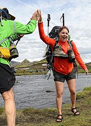 08-07-2014 ISL: Iceland Diabetes Challenge dag 4, Alftavatn<br /> Vandaag ging de challenge van Hrafntinnusker naar Alftavatn / De eerste echte waterdoorsteek met Sabine Woesthoff - stoere vrouw