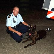 Zoekactie inbrekers Nieuw Blaricummerweg Huizen, Martin Molenaar en hond