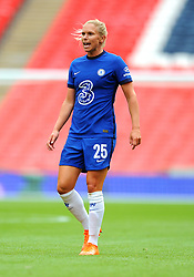 Jonna Andersson of Chelsea Women- Mandatory by-line: Nizaam Jones/JMP - 29/08/2020 - FOOTBALL - Wembley Stadium - London, England - Chelsea v Manchester City - FA Women's Community Shield