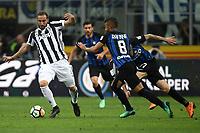 Gonzalo Higuain Juventus, Rafinha Inter <br /> Milano 28-04-2018 Stadio Giuseppe Meazza in San Siro Football Calcio Serie A 2017/2018 Inter - Juventus Foto Andrea Staccioli / Insidefoto
