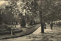 Zagreb (Croatie) : Šetalište na Zrinjskom trgu. <br /> <br /> ImpresumZagreb : Naklada tiskare i papirnice A. Brusina, 1908.<br /> Materijalni opis1 razglednica : tisak ; 9 x 14 cm.<br /> SuradnikMosinger, Rudolf(1865.–1918.)<br /> NakladnikTiskara A. Brusina<br /> Mjesto izdavanjaZagreb<br /> Vrstavizualna građa • razglednice<br /> ZbirkaZbirka razglednica • Grafička zbirka NSK<br /> Formatimage/jpeg<br /> PredmetZagreb –– Trg Nikole Šubića Zrinskog<br /> SignaturaRZG-ZRIN-6<br /> Obuhvat(vremenski)20. stoljeće<br /> NapomenaRazglednica je putovala 1909. godine. • Uz lijevi rub na poleđini razglednice otisnut je monogram Rudolfa Mosingera.<br /> PravaJavno dobro<br /> Identifikatori000953211<br /> NBN.HRNBN: urn:nbn:hr:238:010915 <br /> <br /> Izvor: Digitalne zbirke Nacionalne i sveučilišne knjižnice u Zagrebu