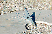 sundial showing the time to be 14:20