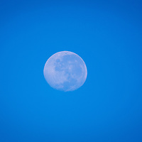 Full moon photo, shot during daylight hours (approximately 8am, from Perth, Western Australia)