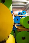 Lager der Papierrollen: Herstellung von Premiumpapier bei GMUND in Gmund am Tegernsee, Deutschland, 20. Januar 2020