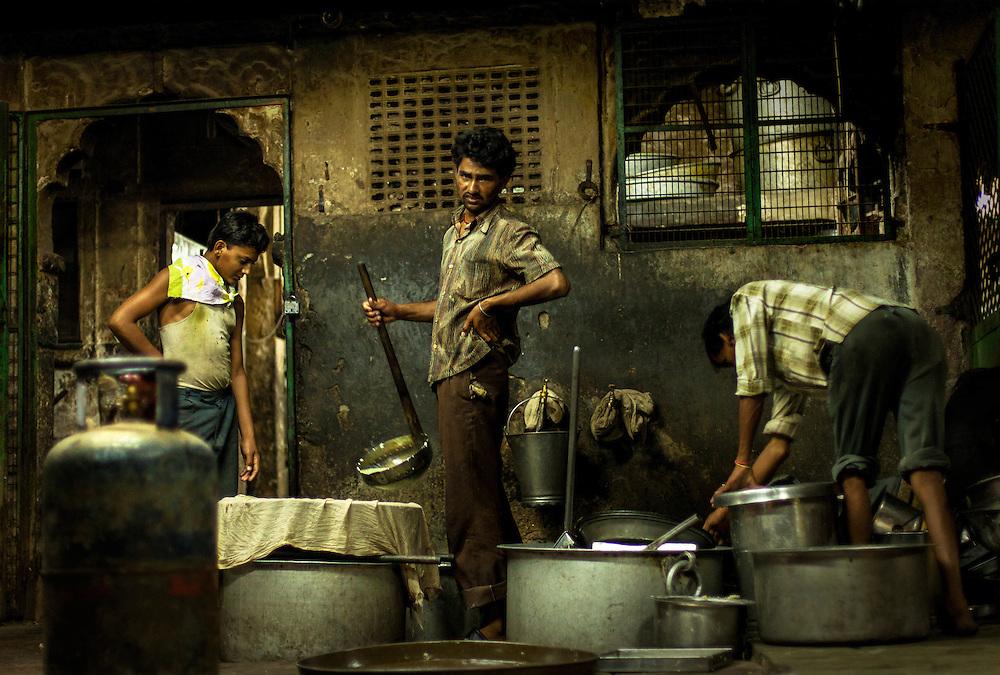 Kitchen workers in Jodhpur